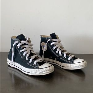 Chuck Taylor All Star Unisex High Top Shoe